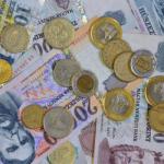 A vállalati hitelállomány 15 hónapos csúcson, a háztartási betétek 5 éves mélyponton