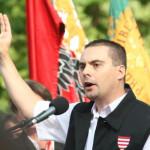 Bukarest kitiltja a magyar szélsőségeseket