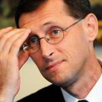A rendszeres szociális segély 2015. március 1-től megszűnik Magyarországon