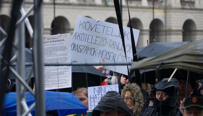Tüntetés, 2016. március 15. Fotó kettőspont Lestyánszky Ádám