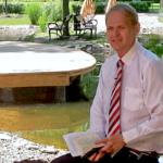 A kormány nem tehetne meg mindent, ha az egyház a sarkára állna – interjú Kübekháza polgármesterével