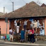 """""""1944 után ismét valami rondaság történt"""" – sorosozó plakátokat tépkedett le az Együtt Pomázon és Szentendrén"""
