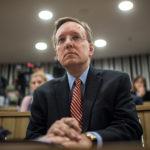 Élesen bírálta a magyar kormányt az amerikai ügyvivő