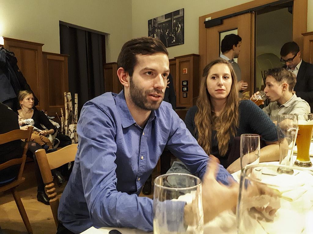 """""""Gerinctelen, szűklátókörű, gyakran buta emberek vezetik az országot"""" – momentumos lakossági fórum Münchenben Fekete-Győr Andrással 3"""