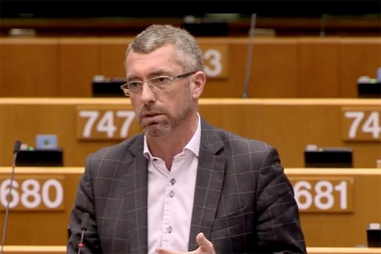 """""""Az első gondolatom az volt, hogy a magyar kormányt megvették"""" – interjú Frank Engel EP-képviselővel"""